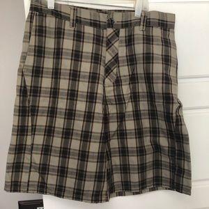 Hurley Plaid Shorts Size 33